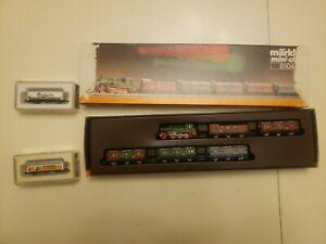 Marklin Mini-Club Train Lot Steam Locomotive/Passenger Set 8104 & 2 Freight Cars