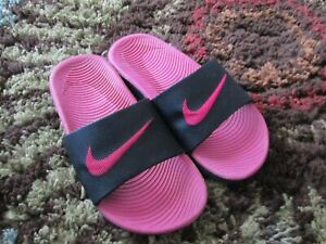 Nike Youth Slides Youth 1Y (Bigger Kid)  Pink /Black ~~Non Adjustable Sandals