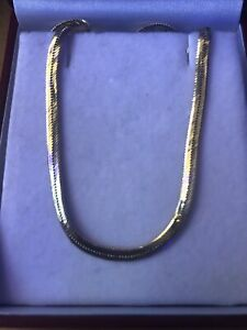 14k ITALY Solid Gold Herringbone Chain Necklace 7.8 Grams
