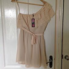 LADIES 'RARE' BRAND NEW IVORY SHORT DRESS. TIER DETAIL. SIZE 10. LABEL ATTACHED.