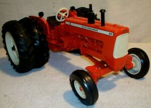 ALLIS CHALMERS D-19 CUSTOM SPECIAL EDITION by ERTL   FROM MID 90's