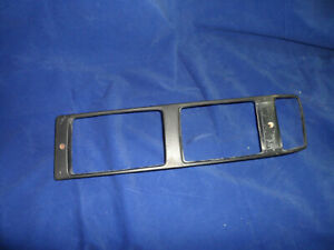 1986 Porsche 928 OE Driver's Side LH Lower Light Trim Bezel Fog Turn Signal