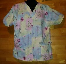 size small spring look Lydia's Scrub top lovely floral print