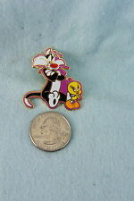 WILLABEE & WARD PIN TWEETY BIRD WITH SYLVESTER