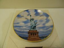 Gorham Collector Plate Statue of Liberty 1985 1st in Series banded 24 kt Gold
