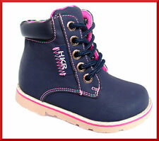 Baby-Schuhe im Stiefel- & Boots-Stil aus Kunstleder mit Reißverschluss