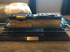6-18817 Lionel Union Pacific GP-9 Engine Diesel Locomotive with Case