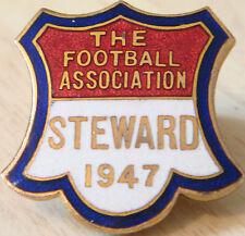 La Asociación de Fútbol 1947 Steward Badge Maker J&T Co Ojal 29 Mm x 30 mm