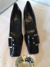 klassische schwarze Lack Pumps mit apartem Straßelement | eBay