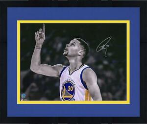 """Frmd Stephen Curry Golden State Warriors Signed 16"""" x 20"""" Spotlight Point Photo"""