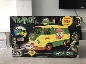 Teenage Mutant Ninja Turtles TMNT Movie - Cowabunga Carl Party Van & figures