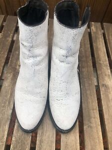 Frye Women  Distressed White Leather Boots Size  9