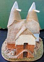 LILLIPUT LANE - 067 KENTISH OAST HOUSE - NEAR TUNBRIDGE WELLS, KENT, ENGLAND.