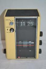 Hitachi KC-773 AM / FM Alarm Clock Cube Radio    WORKS   READ  *FREE SHIP