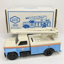 Ertl 3814 Limited Edition Baltimore Gas & Electric 1993 Utility Bucket Truck BGE