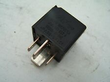 VW Bus t5 décharge relais X-Contacts travail relais 1k0951253 Relais NEUF