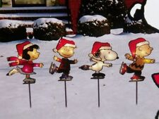 CHRISTMAS OUTDOOR YARD LIGHT SET PEANUTS CHARLIE BROWN SNOOPY PATHWAY MARKERS