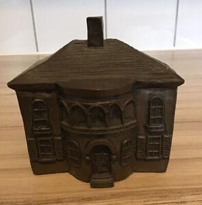 Britannia Bronzes - Regency House - Elizabeth Crowley - Collectable Ornament