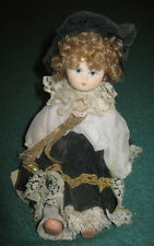 Bambola Di Porcellana Biscuit Interamente Fatta A Mano (cm.23)
