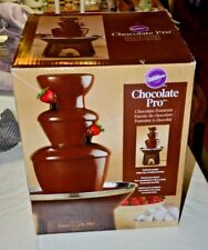 Wilton Chocolate Pro lFountain - Chocolate Fondue Fountain 4 lb.