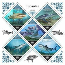Guinea-Bissau 2018 Sharks 5 Stamp Sheet - GB18706a_foil