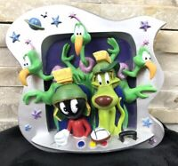 Rare Marvin The Martian 3D plate Statue Figurine Looney Tunes Warmer Bros