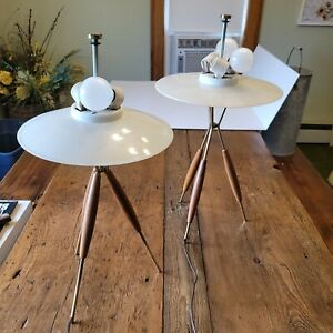 Pair Of Mid Century Modern Tripod Table Lamps Gerald Thurston Lightolier MCM