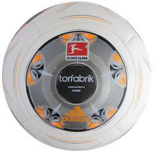 Adidas Torfabrik Fußball Trainingsball Bundesliga voll aufgepumt Auslaufmodell
