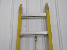 20 Ft Ext Ladder Fiberglassalum 1a 300lbs Used