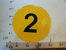 STICKER,DECAL LARGE STICKER CIJFER 2 GEEL ROND 22 CM