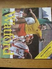 02/01/1982 Watford v Manchester United [FA Cup] (Creased, Fold). Item In very go