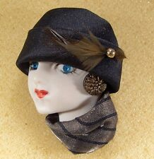 LADY HEAD woman FACE Porcelain-Look Resin pin brooch Classic black & gold OOAK