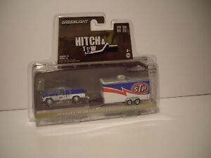 GREENLIGHT 1/64 STP 1970 FORD F-100 AND STP ENCLOSED CAR TRAILER DCP TIE