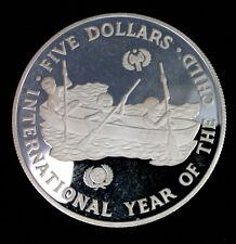 ILES SALOMON  - 5 DOLLARS 1983 - INTERNATIONAL YEAR OF THE CHILD - UNICEF