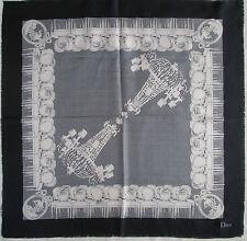 -Superbe Foulard  CHRISTIAN DIOR  100% soie  TBEG  vintage scarf