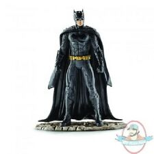 Dc Comic's Justice League  Batman 4 inch Pvc Figurine SCHLEICH