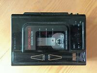 AIWA Walkman HS-J36 FM/AM Stereo Radio Cassete Recorder Player Rare