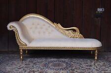 EN PROMOTION: Chaise longue style baroque doré à la feuille d'or d'un château