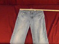 Levi Signature Low Rise Boot Cut Women's Jeans Size: 16 M ~ NM 13845