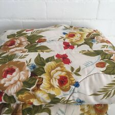 Beautiful VINTAGE Quilt Bed TOPPER Roses FLORAL Cotton Fabric Print 50's