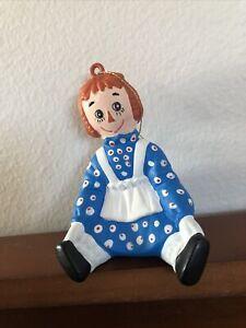 "1999 S&S Raggedy Ann Sitting Plastic Christmas Ornament ~4"""