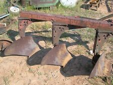 "International 420 3-pan plow 16"" Good plow"