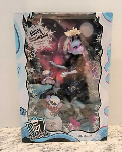 Monster High Adult Collector Exclusive Abbey Bominable Doll Mattel 2017 RARE