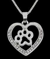 Collier, pendentif motif patte d'animal, chien, chat dans coeur argenté + strass
