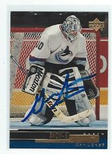 Garth Snow Signed 1999/00 Upper Deck Card #295