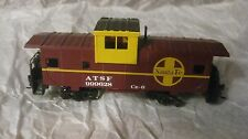 ATSF #999628 CE-6 Santa Fe Caboose In A Brown & Yellow HO Train Bachmann    tr57