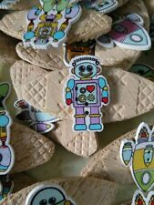 JOB LOT 10 HANDMADE ROBOT SPACE THEMED WOODEN  BROOCHES - party favours etc