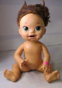 BABY ALIVE 2014 Snackin Sara Hasbro Doll Soft Face Green Eyes English Spanish