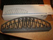 Marklin 1/87 HO 74636  Bogenbrücke  für  C Gleis  im OKT