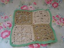 2 vintage crochet Quadrati-Doily/Sottopiatto